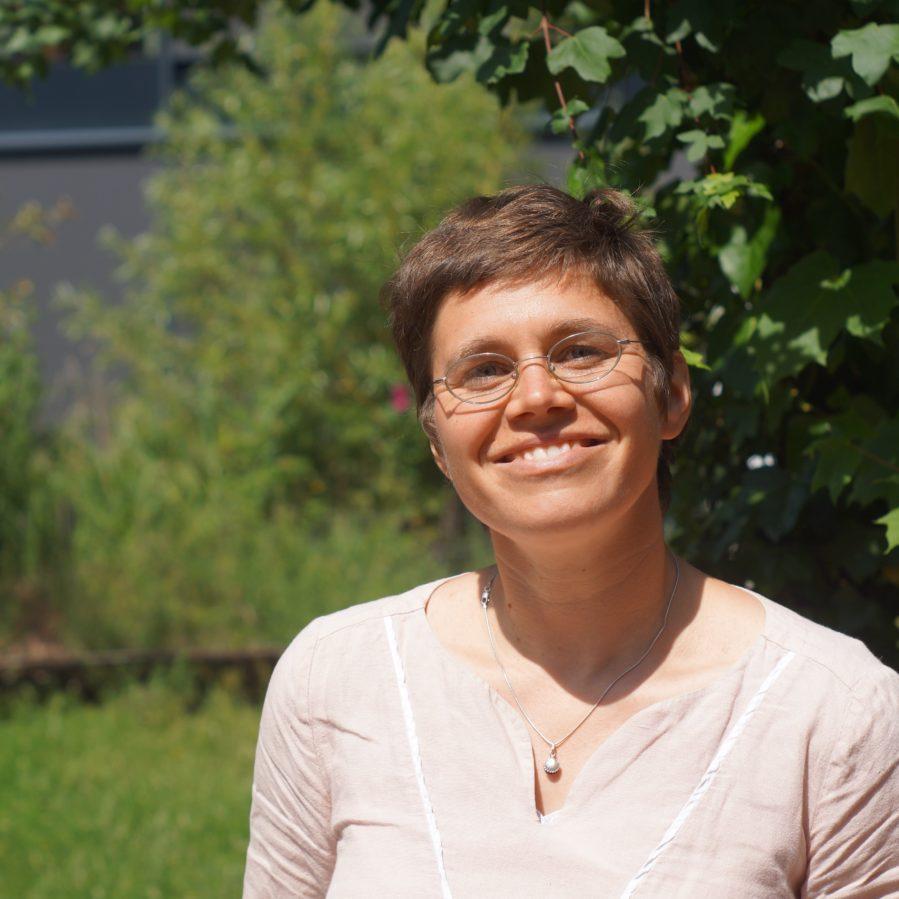 Adina Lange